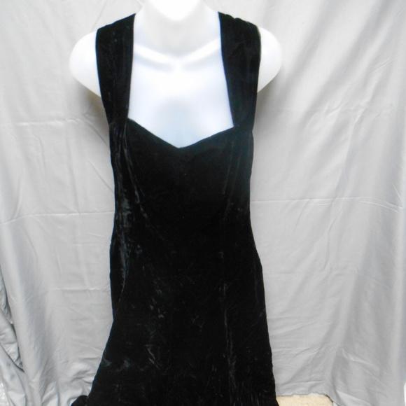 Exclusively Gantos Dresses Nwt Black Velour Mid Calf Dress Poshmark